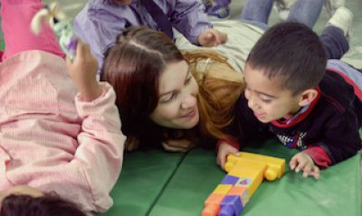 Volunteer with Children in Kindergarten